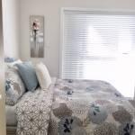 IMG_1384.jpg Bedroom